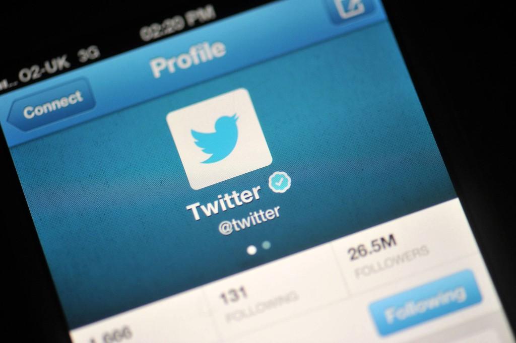 Twitter contro le agenzie di intelligence: stop alla vendita di dati