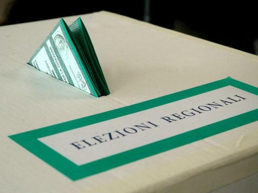 Elezioni In Sardegna Alle 19 Affluenza Al 4378 276 Rispetto