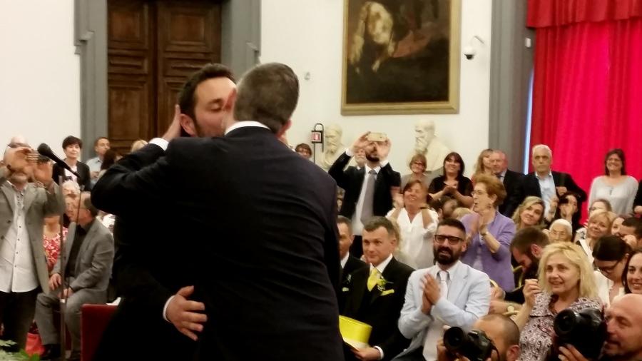 Ufficio Matrimoni Bologna : Unioni civili a bologna subito in fila coppie gay dire