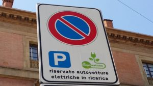 bologna auto elettriche mezzi elettrici