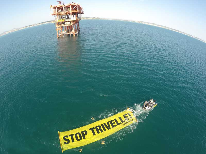 Civitanova Marche, Italia – In azione contro le trivelle in Adriatico. ©Matt Kemp/Greenpeace