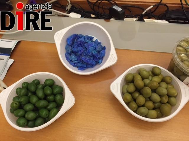 Olive da tavola colorate, sequestri e denunce in Puglia
