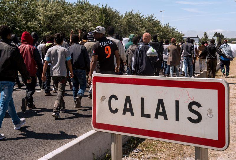 calais_migranti