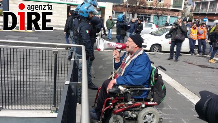 roma si barrica_salvini