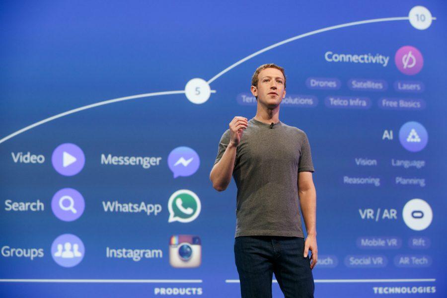 Mark Zuckerberg vittima degli hacker violati i suoi profili social