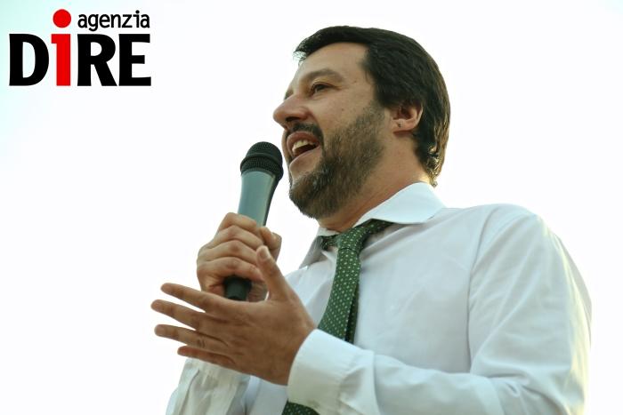 Migranti, Salvini: è tentativo genocidio