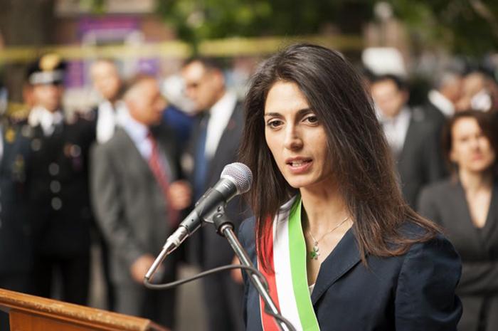 Raggi a Roma Presenta i Nuovi Assessori nel Consiglio