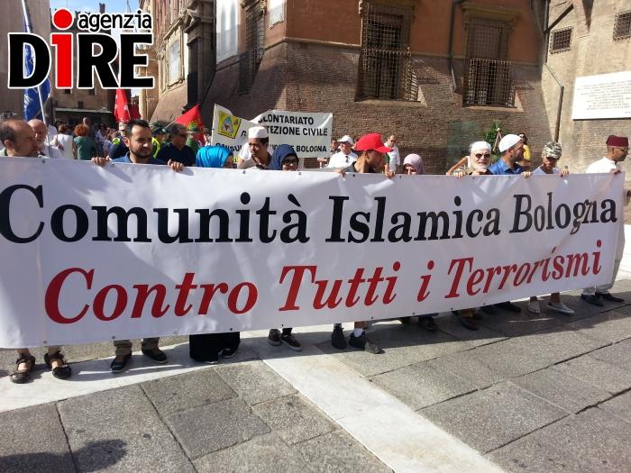 2_agosto_islamici_in_corteo