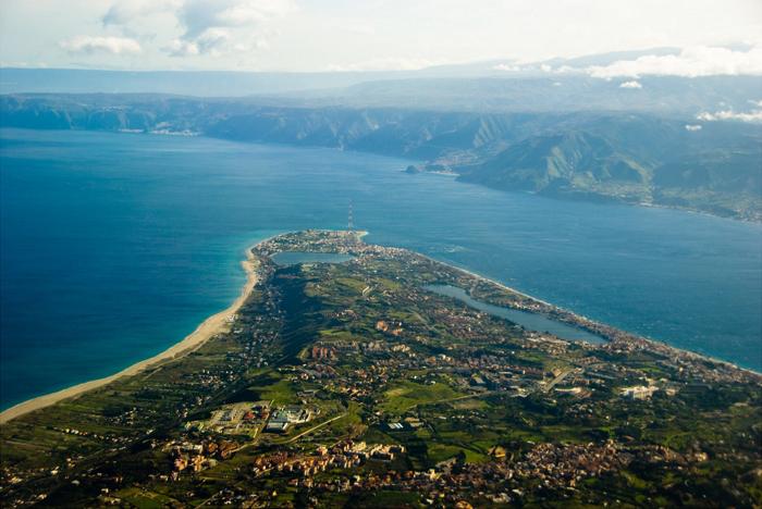 Capo Peloro and Calabria