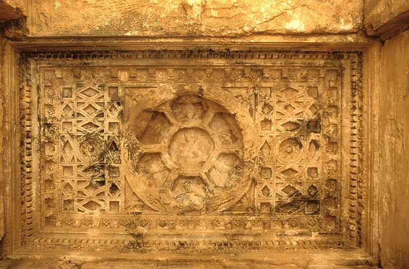 Al Colosseo rivivono i tesori di Palmira distrutti dal terrorismo FOTO