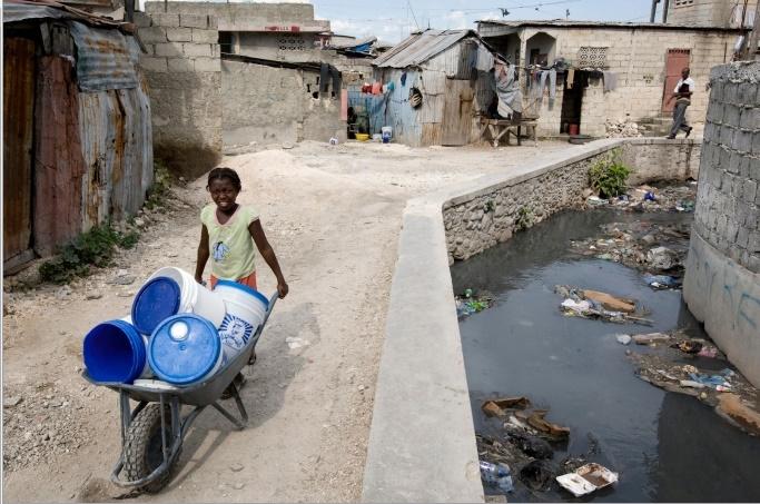 Uragano Matthew, 900 morti ad Haiti: è allarme in Florida