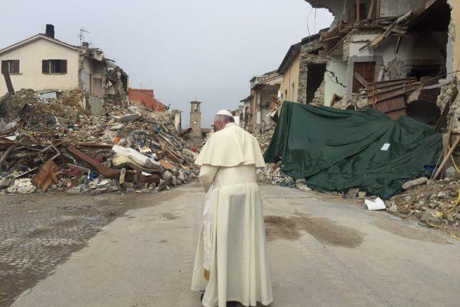 Visita a sorpresa del Papa ad Amatrice, Accumoli e Arquata