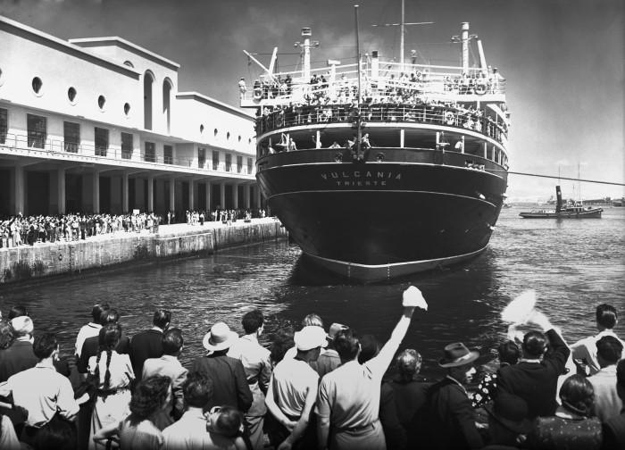 Risultati immagini per Archivio fotografico Riccardo Carbone