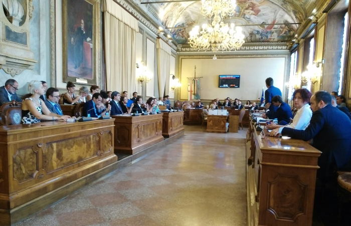 aula_consiglio_comunale_bologna