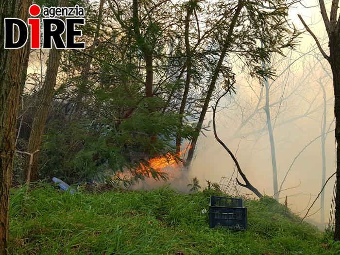 Incendi, è ancora emergenza, cinque Canadair italiani impegnati in Liguria