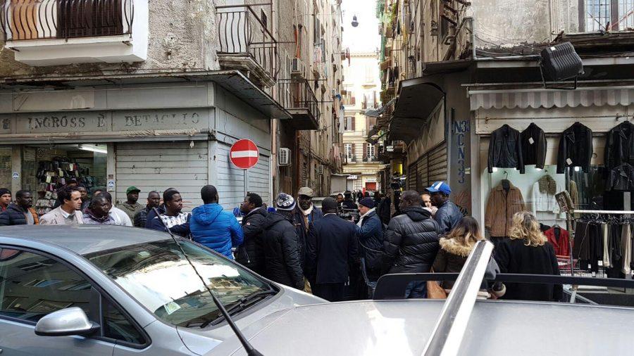 Napoli: spari in centro, ferita bimba di 10 anni