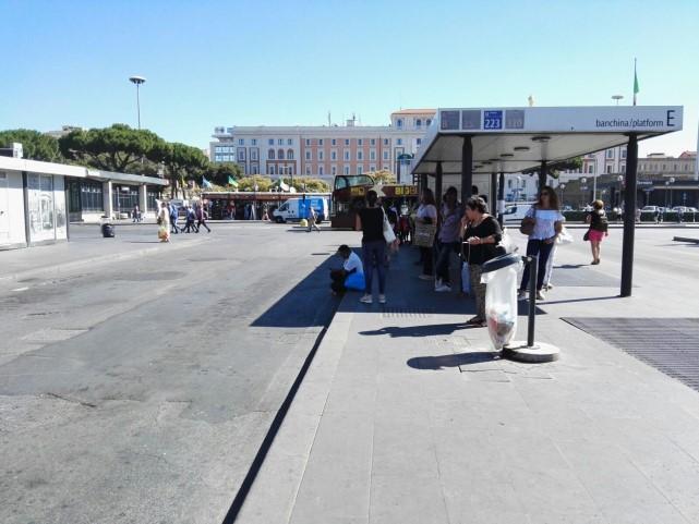 Roma, venerdì 12 gennaio sciopero dei trasporti: fermi bus e metro