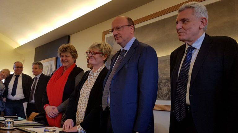 Confindustria e sindacati firmano accordo su nuovo modello contratti