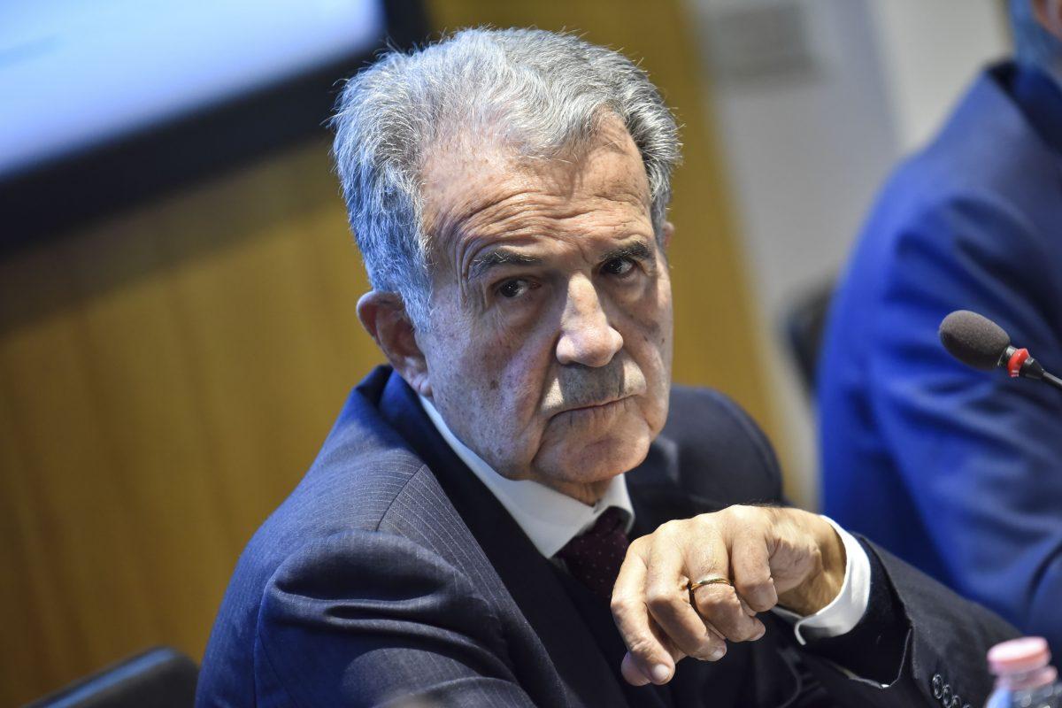 """Coronavirus, Prodi: """"Il patto di stabilità è stupido, lo stop una mia vendetta"""""""