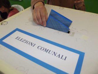 Elezioni comunali |  caos a Bollate |  candidato e presidente di seggio