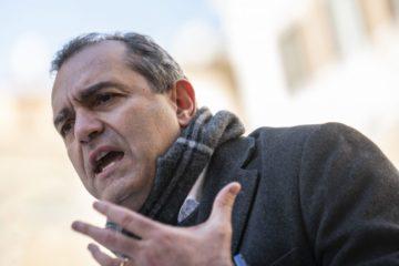"""Napoli, scoppia la protesta degli studenti: """"Sì al rientro in classe ma in sicurezza!"""""""