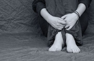 """Gli adolescenti si ammalano poco e muoiono troppo, i pediatri: """"Bisogna fare rete contro il suicidio"""""""