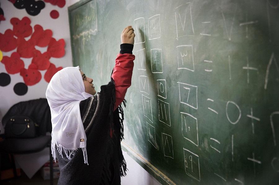 """Medio Oriente, Amurri (Avsi): """"Garantiamo la scuola, guadagniamo sorrisi"""""""