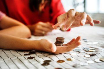 Effetto Covid sul reddito delle famiglie:  1257 euro l'anno