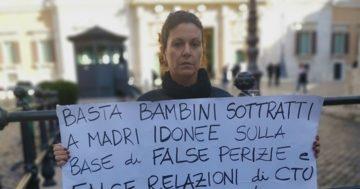 """Minori, Laura Massaro: """"Riformare legge su bigenitorialità,"""