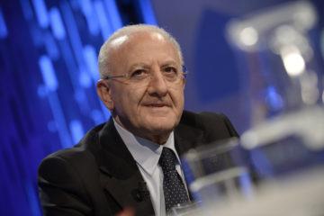 Regionali, prima proiezione riconfermerebbe De Luca  governatore della Campania con il 60,2%