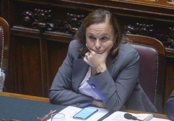 """Crisi, l'allarme di Lamorgese: """"Autunno caldo? Rischio concr"""