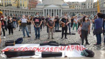 protesta spettacolo_napoli
