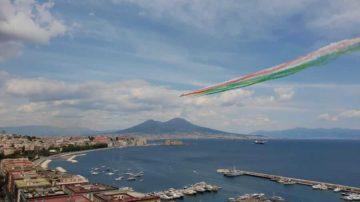 frecce tricolori_napoli_vesuvio