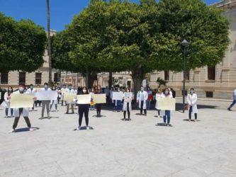 protesta medici specializzati_reggio calabria