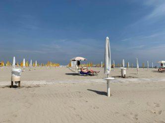 rimini spiagge_ombrelloni