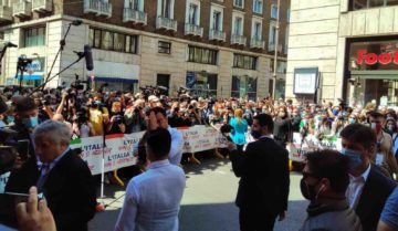 2 giugno_protesta_centrodestra2