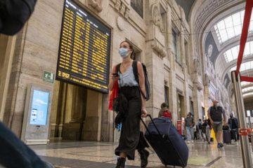 Coronavirus, in Campania quarantena di 14 giorni per rientri extra Schengen