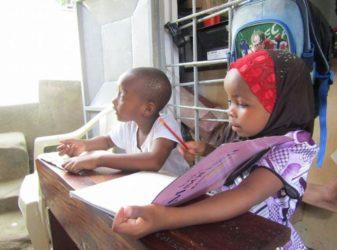 bambini_scuola_tanzania