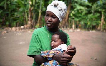 mamma e figlio_uganda_maternità