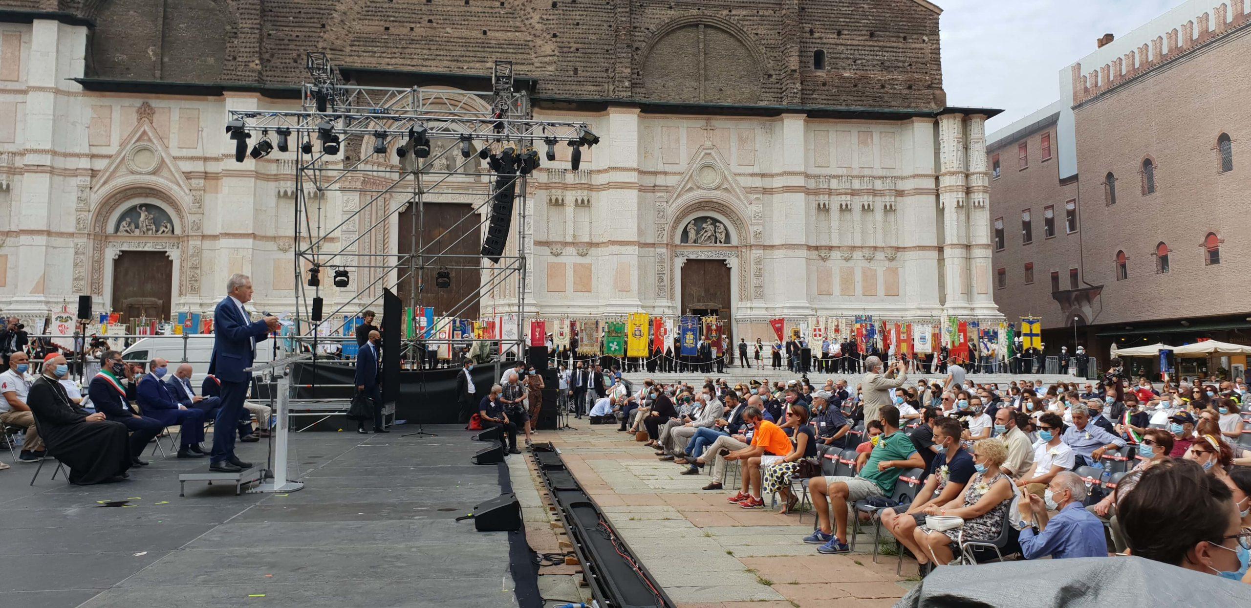 bolognesi 2 agosto 2020_piazza maggiore_strage bologna