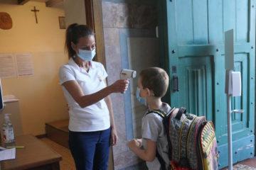 """Ad Ascoli il Comune compra i termoscanner per le scuole. """"Avrebbe dovuto farlo il governo…"""""""