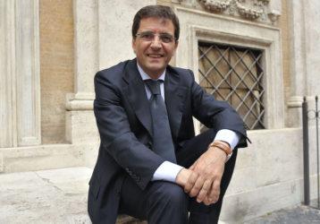 """Camorra, Cosentino assolto dall'accusa di collusione. Gelmini: """"Vittima di processo politico"""""""