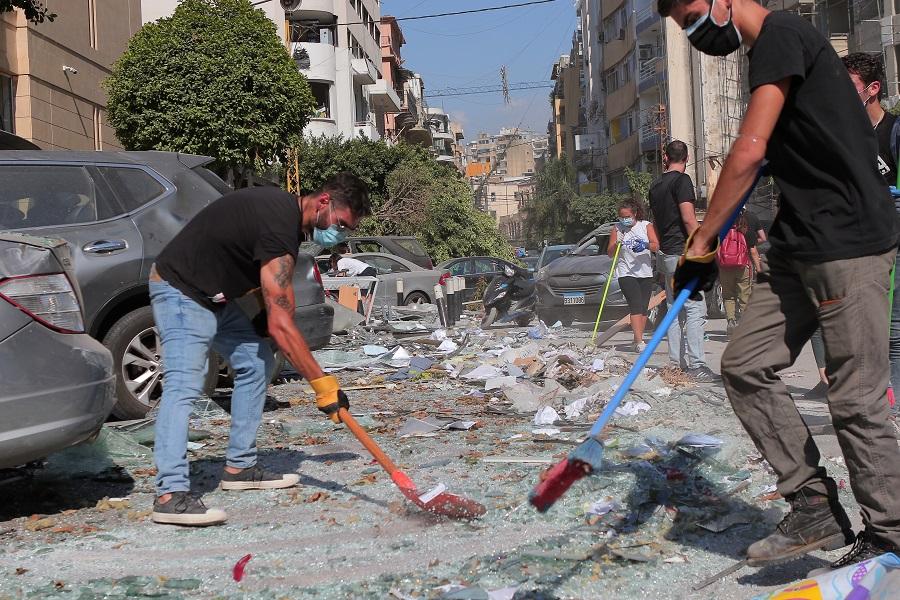Beirut: Flash il cane cileno che dà speranza tra le macerie