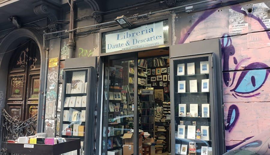 Libreria Dante & Descartes Napoli