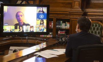 """Conte in videoconferenza con Greta Thunberg: """"Italia in prima linea contro i cambiamenti climatici"""""""