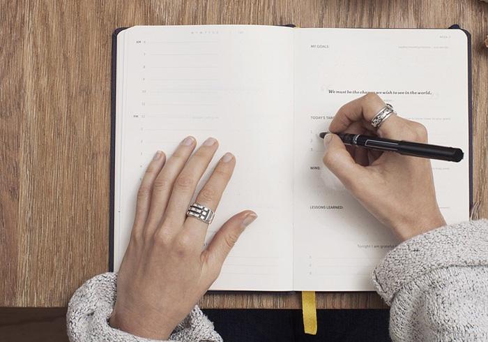 mani_scrivere_testamento