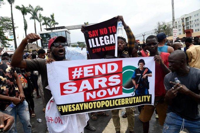 polizia anti rapine nigeria_sars