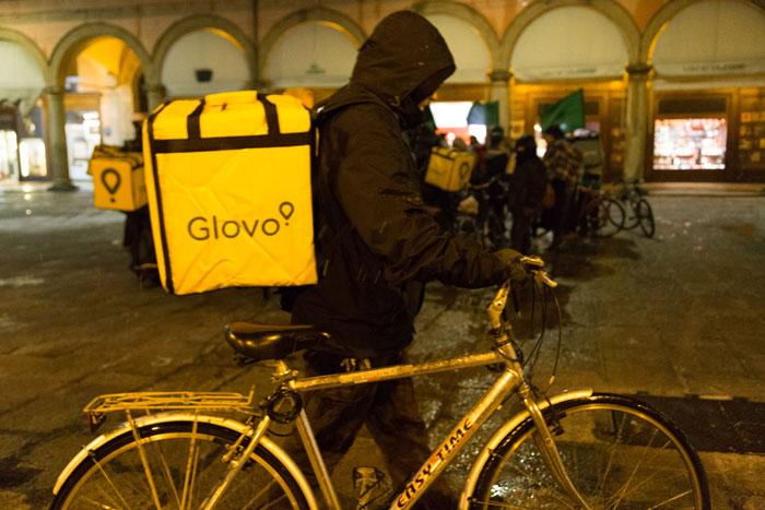 riders glovo bologna