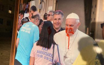 foto papa imbrattate a Palermo