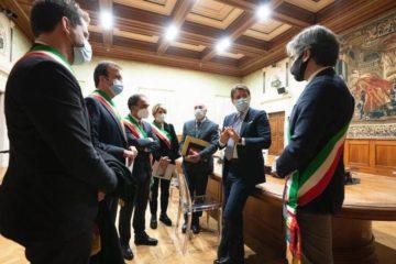 sindaci calabresi incontro con Giuseppe Conte